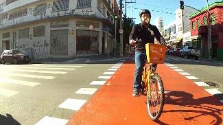 Ciclovias atraem novos ciclistas em São Paulo