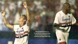 Kaká (à esq) e Oliveira
