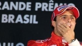 Felipe Massa no pódio do GP do Brasil de 2008: vitória, mas sem o título da F-1
