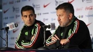 O México, do técnico Osorio (dir.), lidera as eliminatórias da Concacaf
