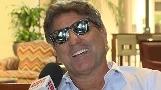 Renato Gaúcho brincou sobre a condição física do meia