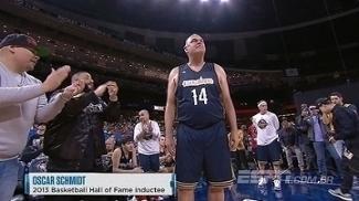 Oscar é apresentado no All-Star Celebrity como lenda do basquete brasileiro; ASSISTA