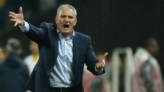 Tite, durante a vitória da seleção brasileira sobre o Paraguai por 3 a 0