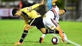 Gilberto faz no fim do jogo, São Paulo volta a vencer após cinco jogos e rebaixa o São Bernardo
