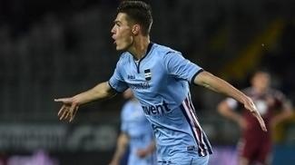 Zagueiro da Juventus leva filho para torcer pelo rival Torino contra a Sampdoria