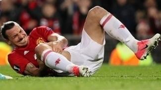 Ibrahimovic machucou o joelho na partida contra o Anderlecht