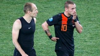 Robben e Sneijder lamentam eliminação da Holanda na Eurocopa