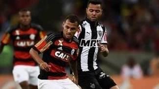 Permanência de Rafael Carioca no Atlético-MG pode depender de ida de Carlos ao Spartak