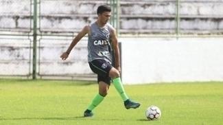 Ceará mira G4 no confronto contra o Santa Cruz, pela Série B