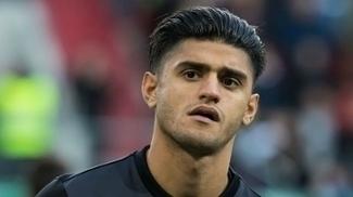 Mahmoud Dahoud assinou até o meio de 2022 com o Dortmund