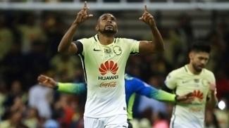 De luto por Chapecoense, ex-palmeirense William comemora gol do América no México