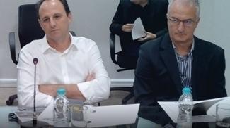 Os técnicos Rogério Ceni e Dorival Júnior durante encontro de técnicos na FPF