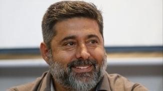 Vice-presidente da AFA nega ter contatado Sevilla sobre situação de Jorge Sampaoli