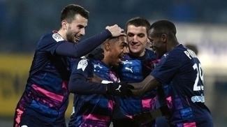 Malcom comemora seu gol na vitória sobre o Nancy