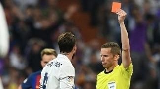 Sergio Ramos foi expulso mais uma vez contra o Barça