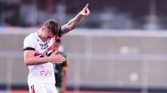 Com saída de Lyanco, São Paulo bate meta anual com vendas de atletas
