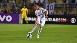 Matheus Ribeiro chegou se transferiu do Atlético-GO para o Santos em janeiro deste ano