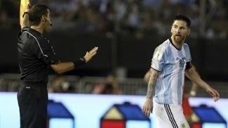 Messi foi suspenso por quatro jogos