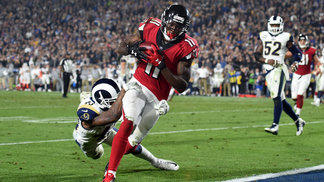 Julio Jones marca o último TD do jogo