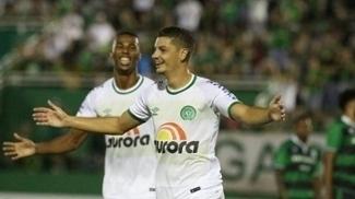 Andrei Girotto, ex-jogador do Palmeiras, balançou as redes por três vezes