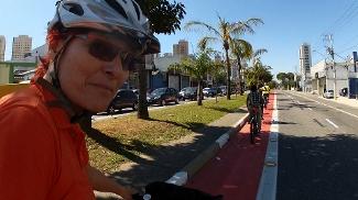 Pedale com Renata Falzoni até a nova ciclovia da Zona Leste, em São Paulo