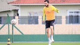 Juliano durante treino do Figueirense