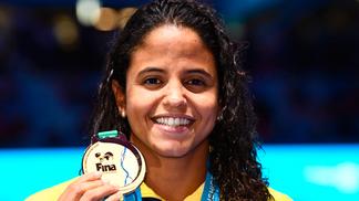 Etiene Medeiros ganhou o ouro em Budapeste