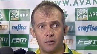 Eduardo vê Corinthians com vantagem no clássico, mas minimiza: 'Mais um jogo'