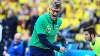 Renan Dal Zotto comemora ponto do Brasil contra a Rússia, pela Liga Mundial