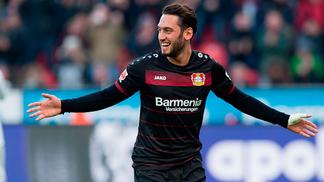 Çalhanoglu é dado como reforço certo no Milan pela imprensa italiana