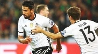 Khedira Comemora Gol Alemanha Irlanda do Norte Eliminatórias Copa-2018 11/10/2016