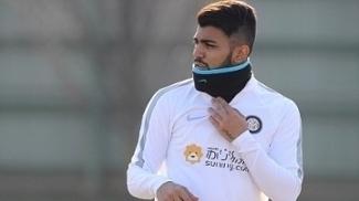 Gabigol durante treino na Inter