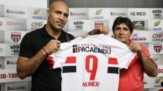 Edno é apresentado como o camisa nove do Botafogo-SP