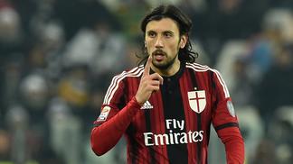 Cristian Zaccardo, em ação pelo Milan