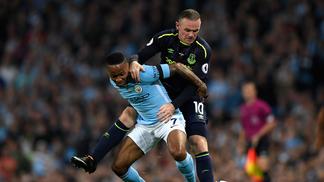 Wayne Rooney, do Everton, e Raheem Sterling, do City, anotaram os gols do empate