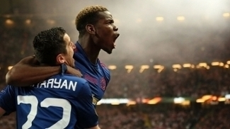 Pogba e Mkhitarian marcaram os gols do título do United