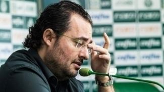 Alexandre Mattos: cobranças pela demissão e apoio de presidente e patrocinador
