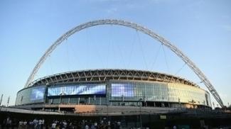 Lado de fora de Wembley, em Londres