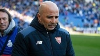 O técnico Jorge Sampaoli chegou ao Sevilla no início da temporada