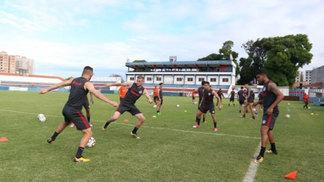 Jogadores do Inter treinam antes do confronto com o Ceará