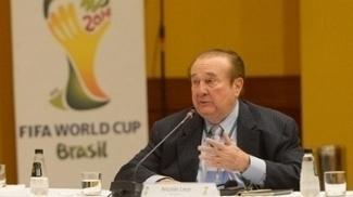 Nicolás Leoz em evento pré-Copa do Mundo em 2012