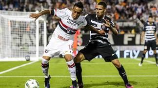 CBF atrai Corinthians e Sâo Paulo em negociação de direitos de TV no exterior
