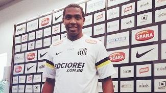 Renato Abreu assinou contrato até o fim do ano com o Santos
