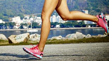Estalos nos joelhos do corredor devem ser motivo de preocupação?