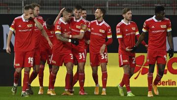 Abdicando da bola e esbanjando precisão, Union Berlin supera ausência de craque para ser uma das sensações da Europa