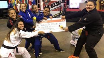 No jiu-jitsu, atletas publicam mensagens de apoio a igualdade de premiação entre gêneros