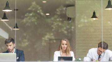 Saúde no trabalho: os riscos de ficar muito tempo sentado