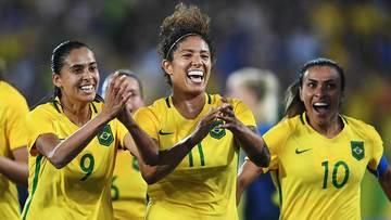 Guerrilla Girls: um encontro entre arte e futebol