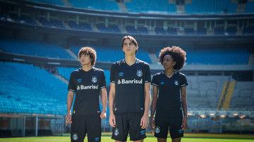 Grêmio capricha em nova camisa 3 preta