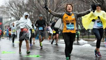 Uma maratona de Boston na conta, por favor! A medalha que faltava para uma corredora de 52 anos